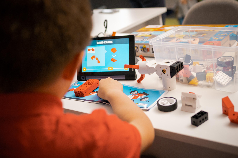 kran bauen und selbst programmieren zum spielen