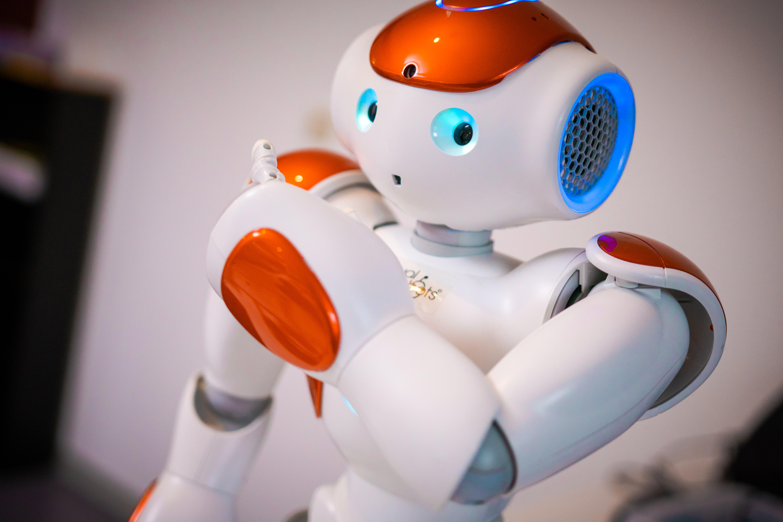 intelligente roboter für kinder von play-code aus hessen